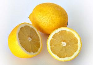 two lemon ready for lemonade
